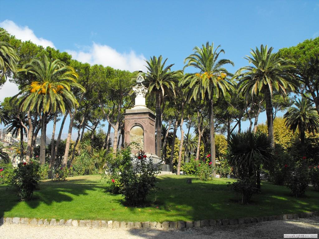 Italie chroniques galerie photos vintimille for Jardin d italie chateauroux